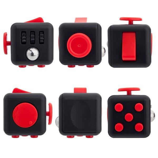 Fidget Cube je velmi malá hračka určená do jedné ruky. Má na všech stranách různé jednoduché přístroje: kolébkový spínač, ozubená kola, otáčející se kulička, malý joystick, rotující kotouč, třecí kámen a 5 tlačítek.