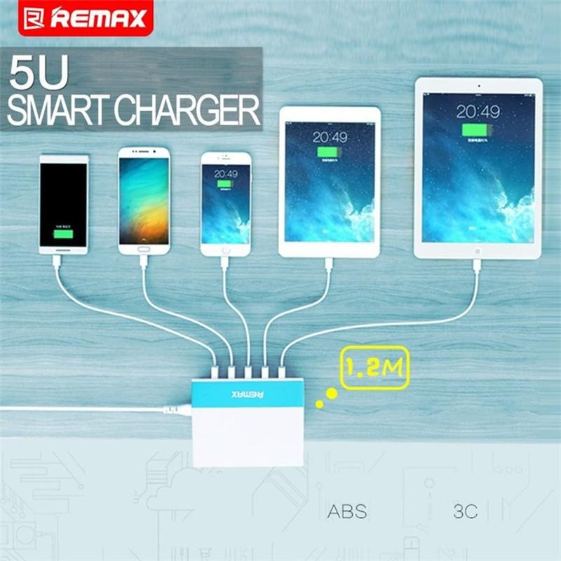 Nabíjet můžete až 5 USB zařízení současně. Všechny USB porty DC 5 V / max. 2,4 A jsou určeny k rychlému a efektivnímu nabíjení mobilních zařízení vyžadující velký napájecí proud.