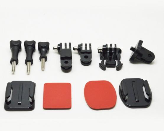 Univerzální praktický set slouží pro uchycení akčních kamer se standardním stativovým závitem, vyrobeno z kvalitních a odolným materiálů, kompatibilní s kamerami: GoPro, Canon, Nikon, Sony, Fuji, Pentax, Olympus atd.