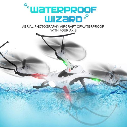 Dron JJRC H31 je skvělou volbou pro všechny nadšence, kteří se nechtějí ničím limitovat. Je plně vodotěsný, můžete jej tedy bez problémů potopit, či přistát na vodní hladině. To ovšem neznamená, že jej budete trvale máčet ve vodě, nebo se pokoušet pod vodou létat :)