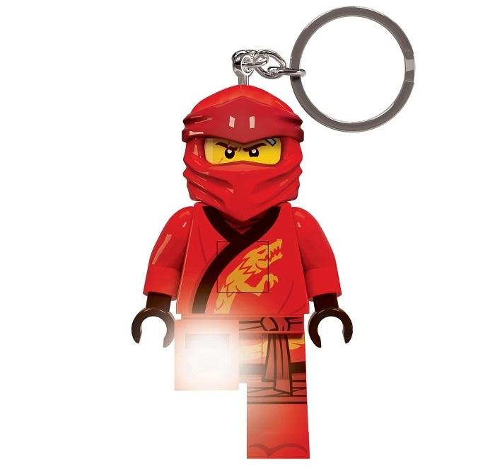 Vyberte si stylovou klíčenku s motivem hrdinů a dopřejte si opravdu originální přívěšek na klíče s puncem kvality značky LEGO.