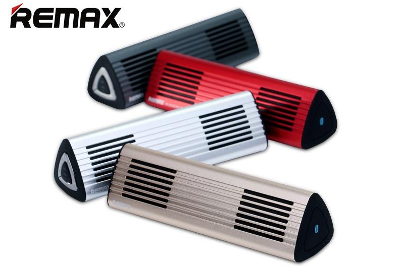 Přenosný odolný outdoor reproduktor Remax RB-M3 je skvělým řešením pro bezdrátový poslech hudby z chytrých telefonů, tabletů a hudebních přehrávačů kdekoliv v přírodě nebo na cestách v kvalitním hliníkovým provedením.
