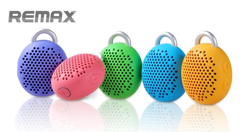 Přenosný reproduktor Remax RB-X1 je skvělým řešením pro bezdrátový poslech hudby z chytrých telefonů, tabletů a hudebních přehrávačů kdekoliv v přírodě nebo na cestách.