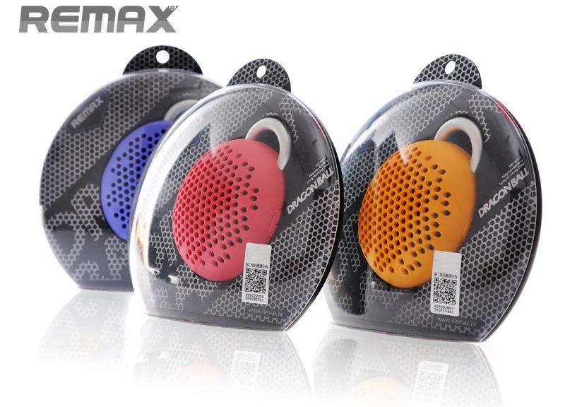 Remax X1 je kompaktní a lehký, takže se snadno vejde do batohu nebo v kapse. Obal repráčku je prachotěsný a také jako proti-nárazová ochrana reproduktoru. Praktický úchyt s karabinou Vám umožní běžné nošení na opasku, batohu nebo třeba kole.